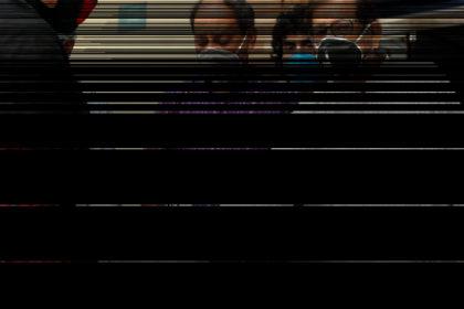 সম্মিলিত সাংস্কৃতিক জোটের পক্ষে ত্রাণ বিতরণ করলেন আসাদুজ্জামান নূর