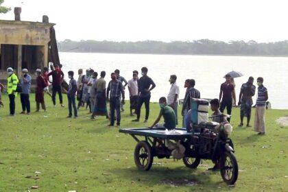 পটুয়াখালীতে স্পিডবোটডুবি : পুলিশ-ব্যাংকারসহ ৫ জনের লাশ উদ্ধার